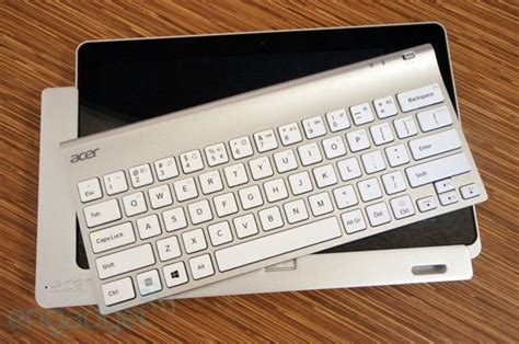 Keyboard Acer Iconia W700 acer iconia w700 review a i5 windows 8 slate that doesn t skimp on battery