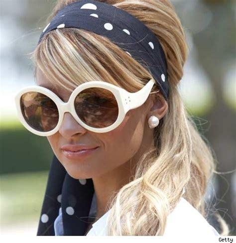 a hair style that i can still tie up headbands are still hot popsugar fashion