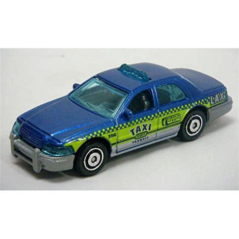 Matchbox Ford Crown Taxi Biru matchbox ford crown taxi cab global diecast direct