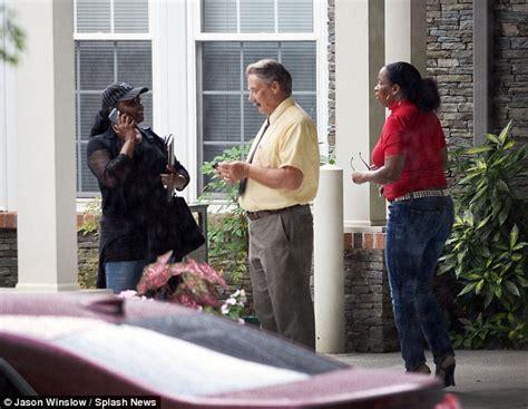 comfort hospice chicago bobbi kristina s family hunt relative who took photo of