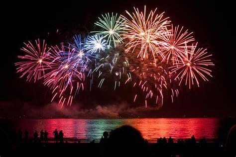 google images fireworks rainbow fireworks google search rainbow fireworks