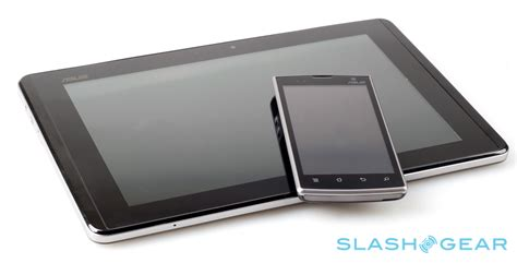 Tablet Asus Padfone asus padfone official slashgear