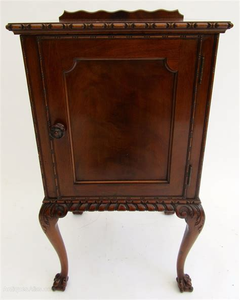 chippendale möbel edwardian chippendale style mahogany pot cupboard