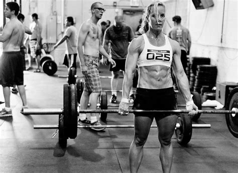 Hell S Kitchen Crossfit by Top 8 Reasons On How The Deadlift Aids In Crossfit