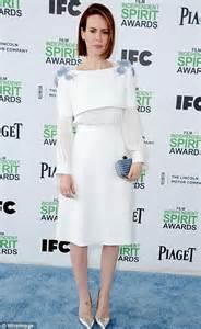 Cate blanchett suffers a rare fashion fail as she leads the stars at