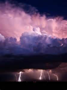 Lightning And Cloud Pin By Beth Eckert On Clouds Lightning And Storms