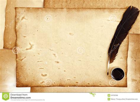 papier und feder altes papier mit feder und tinte stockbild bild
