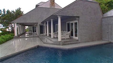 bernie madoff s island house sold for more than