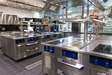 Amazing Cappe Ad Angolo Per Cucina #9: Hostimpianti-cucine-industriali-professionali-mandarin-oriental-seta-02.jpg