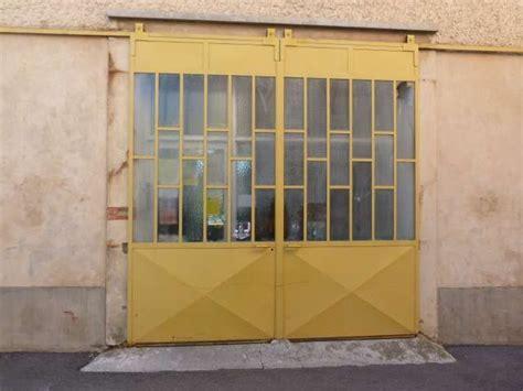 fa軋de de porte de cuisine 17 meilleures id 233 es 224 propos de porte garage sur