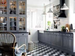 Grey And Orange Bathroom » New Home Design