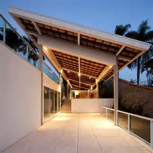 Modern Resort Home Design by Modern Resort Style Home Of Geometry And Glass Modern