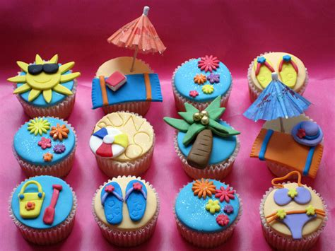 Beach Themed Bunco Party Cupcakes Vanilla Cupcakes With Themed Cupcakes