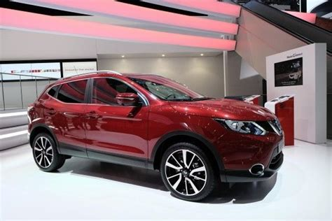 nissan qashqai 2015 colours nissan magnetic red