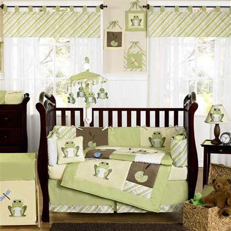 chambre bebe verte chambre b 233 b 233 vert anis