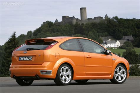 ford focus st  doors specs       autoevolution