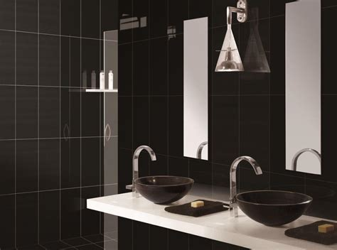 black bathroom tiles ideas 10 gorgeous bathrooms with black tile