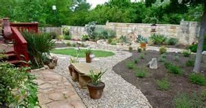 Ideas For Rock Gardens River Rock Garden Edging Ideas