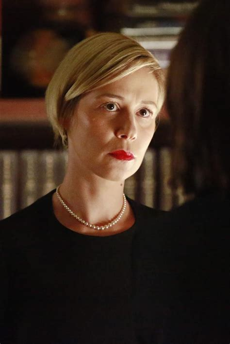 liza weil pics with short hair liza weil 384612