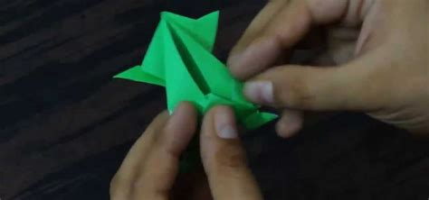 How To Make A Paper Frog That Hops - how to create an origami jumping frog 171 origami
