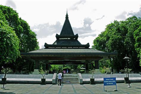 soekarno bahasa indonesia ensiklopedia bebas wisata dan