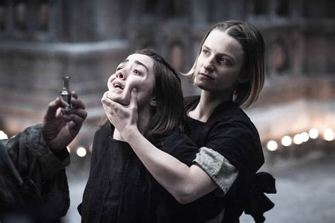 arya the arya stark images arya stark and the waif hd wallpaper and background photos 38570178