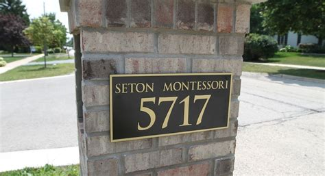 plaques signs address plaques custom house number signs impact signs