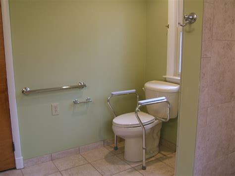 Handicapped Bathroom Fixtures Handicap Accessible Bathroom Waldorf