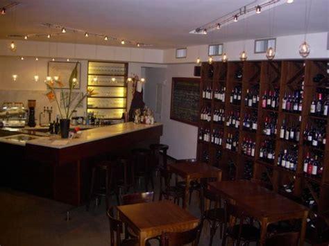 enoteche con cucina i migliori wine bar di roma top ten di enoteche con cucina