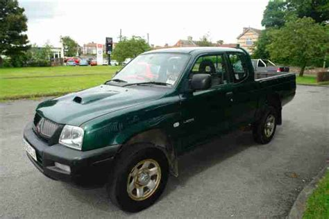 2002 mitsubishi l200 club cab 2 5td gls car photo and specs mitsubishi l200 2 5td club cab 4work car for sale