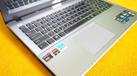 Laptop Asus X550d Lemot jual laptop asus x550d amd a10 amd radeon hd 8600m 3gb 15 4in gaming malang laptop