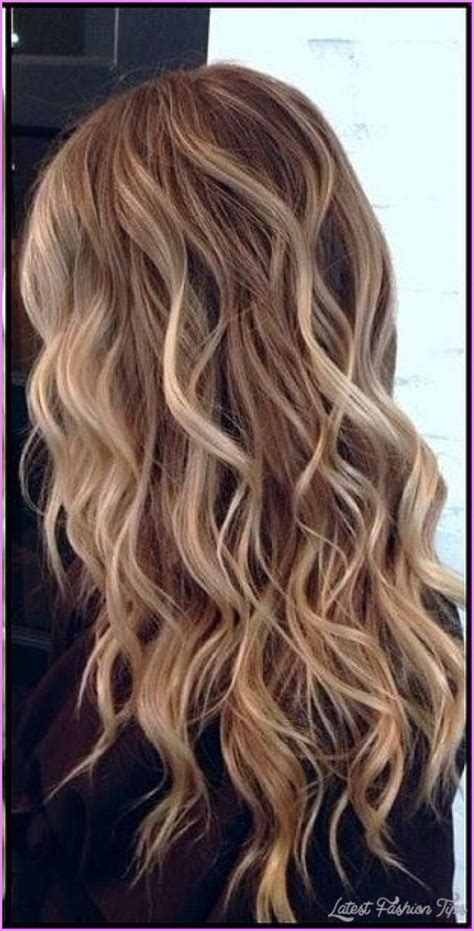 Wavy Hairstyles by Wavy Hair Styles Latestfashiontips