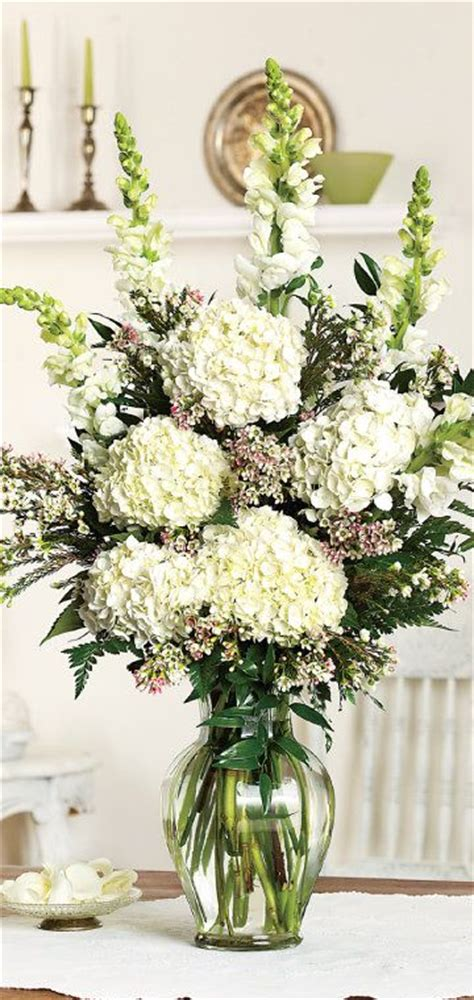 arrangements centerpieces best 25 hydrangea centerpieces ideas on