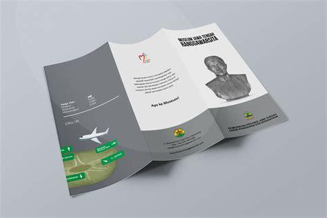 desain brosur semarang desain brosur museum ranggawarsita semarang gfrey brochure
