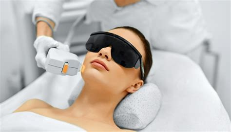 intense pulsed light tattoo removal how does pulsed light ipl treatment work