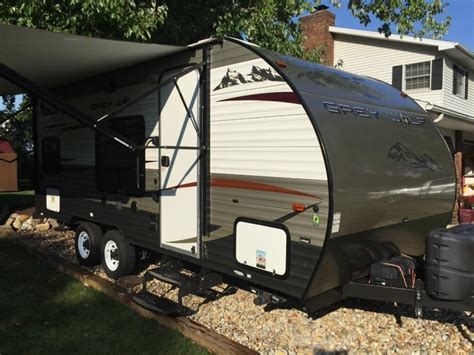 forest river cherokee grey wolf bh rvs  sale