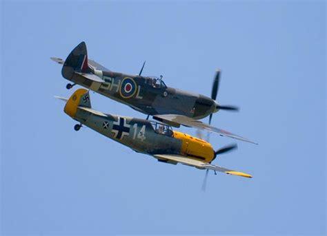 libro spitfire ii v vs bf io volo spitfire vs bf109 la vera differenza la fecero i corsi di volo che formavano i piloti