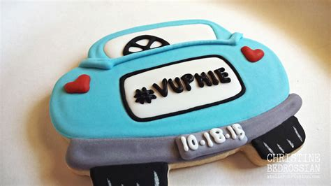 le shoppe just married car cookie wedding favors
