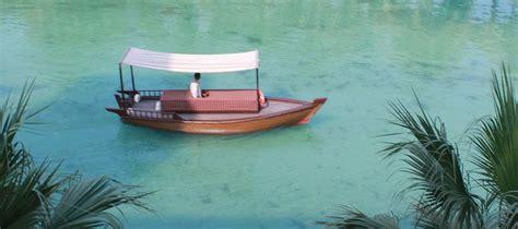 madinat jumeirah boat ride traditional boat tour in dubai ride an abra madinat