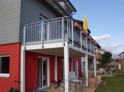 begehbare carports was kostet ein carport mit balkon bauschlosserei in mainz