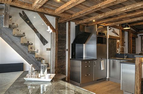 idee renovation maison ancienne 3640 appartement basic m 233 tamorphos 233 en chalet d 233 co montagne