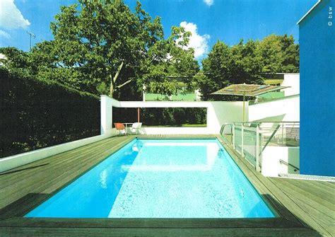 stadtgarten mit swimmingpool gegenstromanlage als