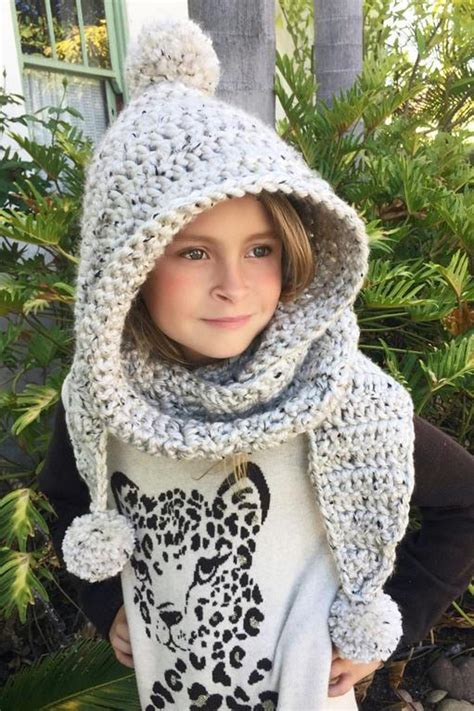 tips to make crochet hooded scarf yishifashion