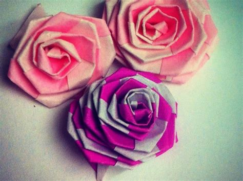 Folded Paper Roses - how to make fast easy tiny origami folding