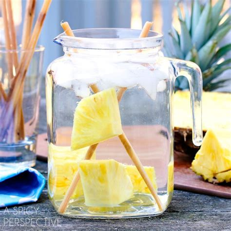 Pineapple Detox Water Recipe by It S Easy To Lose Weight With These 22 Detox Water Recipes