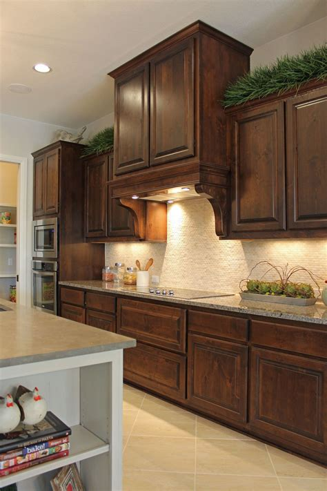 alder wood kitchen cabinets burrows cabinets kitchen cabinets in stained knotty alder