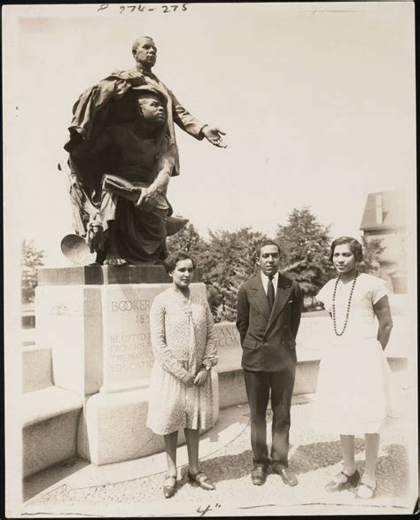 langston hughes buried at the schomburg biography com civilrightsvoice clreed38