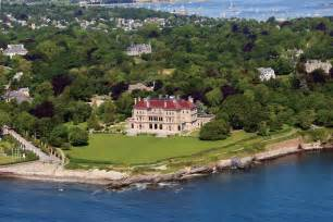 Of Newport Newport Mansion The Breakers On Rhode Island