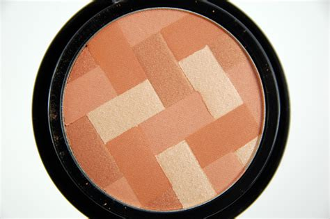 Maybelline Facestudio Master Hi Lighting Blush And Bronzer maybelline studio master hi light light booster blush in coral review swatch and review