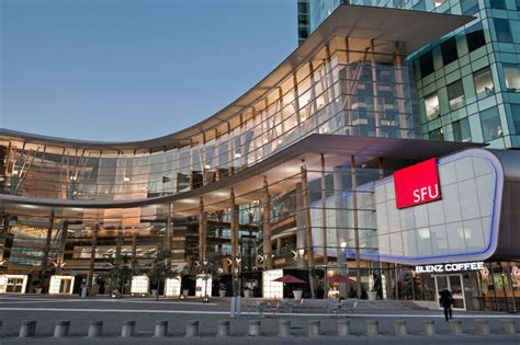 Simon Fraser Mba Fees For International Students by Study In Canada List Of Affordable Universities For
